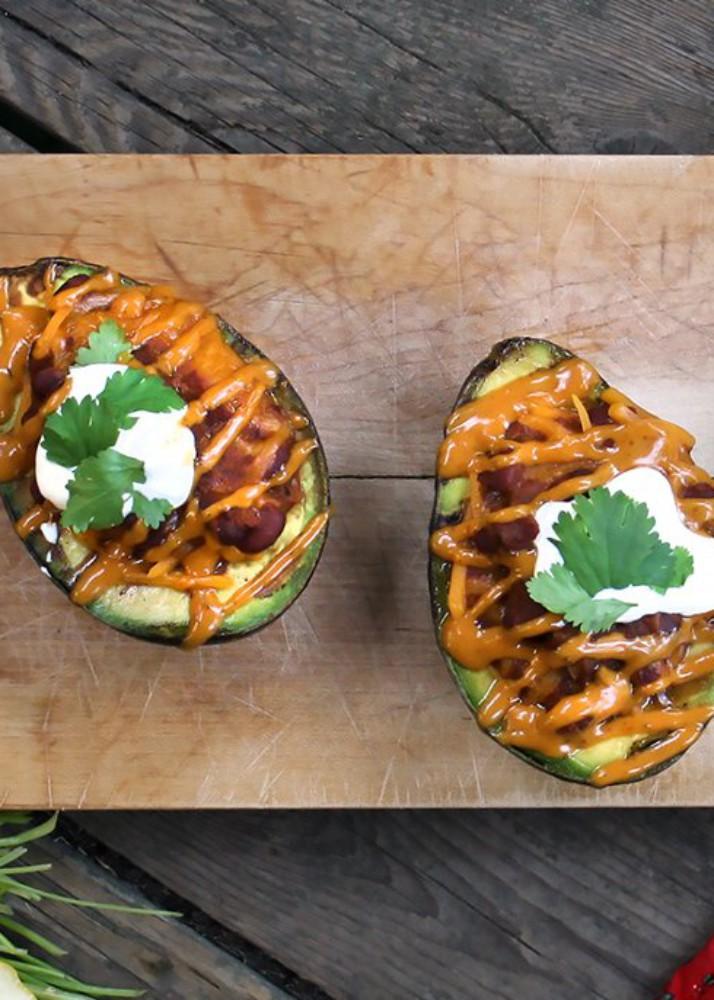 Chili-Stuffed Avocado Recipe